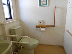 トイレおよび洗面台